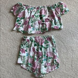 Show me your mumu off the shoulder and shorts set